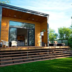 Hive Architecture | B-Line Small 005 | Lake Katepwa, SK | deck
