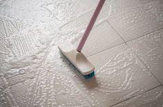 Chaque sol nécessite sa méthode de nettoyage ! Voici un guide pratique pour un sol étincelant