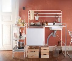 IKEA's first portable kitchen for small space living. SUNNERSTA is a buildable and adjustable kitchen, and measures just over a metre in length.