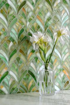 Beach Home Decor Margot a jewel glass waterjet mosaic is shown in Emerald. Copyright New Ravenna Mosaics Home Decor Margot a jewel glass waterjet mosaic is shown in Emerald. Copyright New Ravenna Mosaics 2013 Mosaic Art, Mosaic Glass, Stained Glass, Glass Art, Glass Ceramic, Glass Tiles, Marble Mosaic, Green Mosaic Tiles, Mosaic Floors
