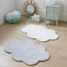 Dihya Child's Cloud Rug LA REDOUTE INTERIEURS This plush cloud-shaped rug brings a playful softness to your child's room.