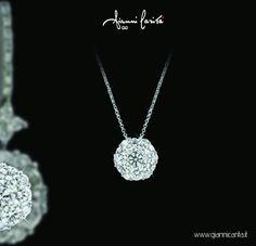 Pezzi unici, raffinati, meticolosamente rifiniti e impreziositi da gemme di altissima qualità. www.giannicarita.it  #giannicarita #madeinitaly #ciondolo #gold #oro #earing #donna #collection #collezione #gem #diamond #diamanti