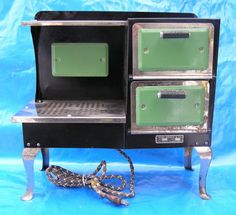 Vintage Salesman's Sample Working Enameled Stove Sears