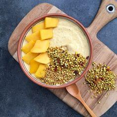 Mango & Turmeric Madness Smoothie Bowl