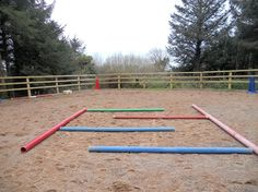 Balance and bend – the labyrinth | Two horses