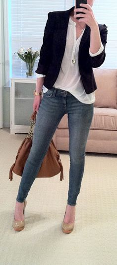 white top + black blazer + skinny jeans + brown purse
