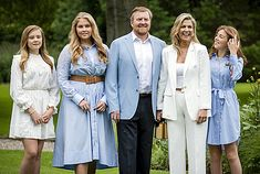 Fotosessie koninklijk gezin zomer 2020 - Blauw Bloed Floaty Summer Dresses, White Dress Summer, Adele, Royal News, Royals, White Manicure, All White Outfit, Style Finder, White Suits