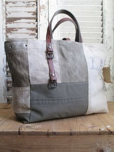 upcycled canvas mail sack tote bag with leather belt handles Quilted Handbags, Quilted Bag, Tote Handbags, Purses And Handbags, Diy Bags Purses, Denim Bag, Fabric Bags, Handmade Bags, Handbag Accessories