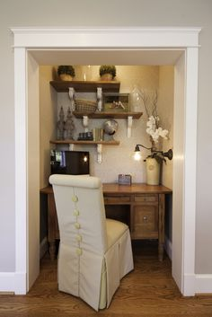When I finally build a laundry room this is what I'm going to do with the current washer and dryer nook. Desk nook