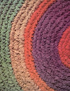 Detailed rag rug instructions using an old toothbrush whittled into a needle for braiding/weaving