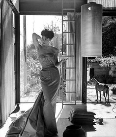 Actress Joanne Gilbert is wearing satin strapless gown by Galanos, photo by Milton Greene, 1954 This photo has been incorrectly attributed to Peter Stackpole. It is actually by Milton Greene (pg LIFE, February Mermaid Evening Gown, Evening Dresses, Divas, Vintage Outfits, Vintage Fashion, Vintage Style, Vintage Gowns, Vintage Couture, Vintage Dress