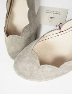 Gray Soft Suede Scalloped Handmade Ballet Flats. Suede!!!!!