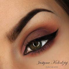 brown sugar #eyes #eyemakeup #wingedliner