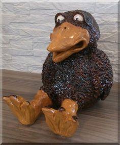 Rabe aus Keramik 20 cm von Haus und Gartendeko auf DaWanda.com