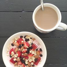 Breakfast at mom and dad's  #health #fitness #fit#fitnessmodel #fitnessaddict #fitspo#fitfam#fitfamdk#breakfast#oats #workout #bodybuilding #cardio #gym#training #photooftheday #health #healthy #instahealth #healthychoices#motivation #instagood #determination #lifestyle #diet #getfit #cleaneating #eatclean #excercise #Padgram