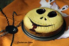 CROSTATA DI HALLOWEEN Ricetta qui: http://blog.giallozafferano.it/cucinaconsara/crostata-di-halloween/
