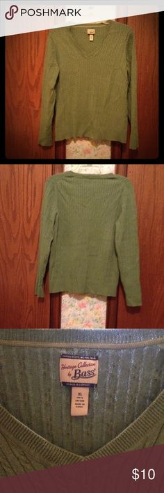 V-Neck light green Sweater Light green V-Neck Sweater. Good Condition. No snags. 100% Cotton. Machine wash warm on gentle cycle. Heritage collection by Bass Bass Sweaters V-Necks