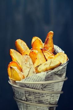 rosemary fingerling potatoes w/ lemon garlic aioli