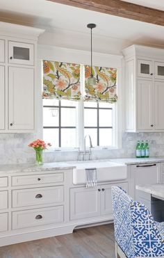 how to decorate on top of kitchen cabinets 8 ways to dress up the kitchen window without using a 16931