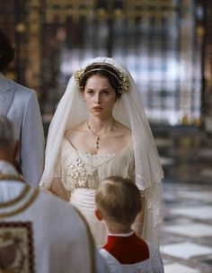 The Enchanted Garden - Felicity Jones as Edmée in Chéri Movie Wedding Dresses, Wedding Movies, Felicity Jones, Film Inspiration, Wedding Inspiration, La Fille Gibson, London Summer, Movie Costumes, Period Costumes