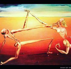 Ognuno vede le cose a modo proprio... E anche se quel modo è comunemente improprio può darsi sia proprio la sua semplice improprietà a renderlo unico e a definirne la proprietà dell'unicità e dell'assoluta genialità. Questo dipinto per Dalì rappresentava il Rock'n'Roll...   #davidemelis #cantautore #italiano #art #dali #surrealism #musicaitaliana #pensieri #citazioni #secondome #secondoMelis #rocknroll
