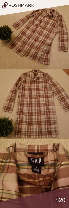Lightweight GAP plaid raincoat Lightweight GAP plaid raincoat. Excellent condition.   Yup, this is a smoking home.🤘 I do freshly launder all purchases expect NWT; for obvious reasons. GAP Jackets & Coats