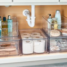 Under Sink Organization Bathroom, Under Bathroom Sinks, Bathroom Organisation, Organization Hacks, Small Apartment Organization, Bathrooms, Makeup Drawer Organization, Pantry Organisation, Under Sink Storage