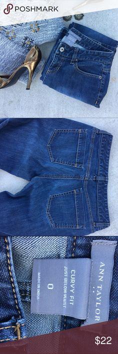 ❌SOLD❌ Curvy Fit Blue Jeans Pants Size 0 Boot cut Ann Taylor Blue Jeans size 0. Curvy Fit! Priced to sell! Won't last! Ann Taylor Jeans Boot Cut
