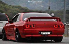 #Nissan #Skyline_R32 #Modified #JDM #Slammed #Stance