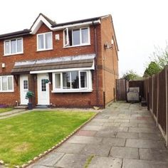 3 bedroom semi-detached to let, Redhill Drive, Southport, PR8 6XS. Three Bed Semi-detached House, Modern Kitchen Diner, Double Glazed, Large Well-established Garden Shed, Gated Driveway, Cul-de-sac on Kew Estate, Close to School Amenities. Call 01704 545 657 for more details.