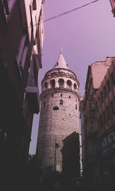 Galata kulesi Free Instagram, Disney Instagram, Wallpapers Tumblr, Istanbul Travel, Hagia Sophia, Landscape Illustration, Illustration Art, Galaxy Wallpaper, Style Vintage