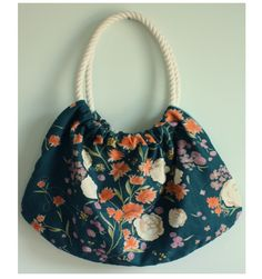 Rope Handbag - make one to go with any outfit! Learn how to sew a handbag