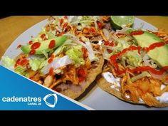Tostadas de pollo con chipotle al estilo de Http://Www.Cadenatres.Com.Mx/Cocinemos Juntos por Many Muñoz / Cocinemos Juntos
