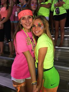 Neon Outfits Spirit Week & Neon Outfits Spirit Week – Creative Dress Of College Game Day High School Football Games, Football Themes, Football Outfits, Football Dress, Football Spirit, Football Season, Day Camp, Neon Party Outfits, Glow Party Outfit