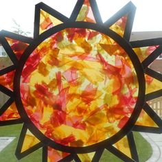Summer Solstice Celebrations - Waldorf Inspired - Busy Busy Learning : Summer Solstice Celebrations - Waldorf Inspired - Busy Busy Learning Waldorf inspired summer solstice ideas and crafts. Sun catchers and weaving activities. Summer Crafts For Kids, Art For Kids, Kindergarten Crafts Summer, Spring Crafts, Sun Activity, Sun Crafts, Kids Crafts, Nature Crafts, Toddler Crafts