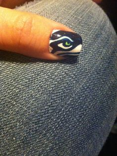 Seattle Seahawks nail from polished nail studio in Tacoma