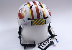 Bike helmet inspired by Luke Skywalker's X-Wing helmet