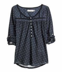 I don't know why I'm obsessed with dark colors and polka dots.| H&M US