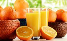 1. Puhdistaa ihoa Appelsiinin avulla voit saada pehmeän ja virheettömän ihon. Voit hieroa kasvoihisi appelsiinimehua tai hedelmälihaa. 2. Poistaa tummat läiskät iholta Kun sekoitat maitoa ja appelsiinia saadaan seos, jota voidaan hieroa ihon tummiin kohtiin. 3. Poistaa tummat silmänaluset Laita appelsiinisiivut silmien alle. Anna niiden olla paikoillaan 10-15 minuuttia. 4. Poistaa tummentumat kynsistä Jos sinulla on kuivat ja hieman keltaiset kynnet, liota niitä appelsiinimehussa.