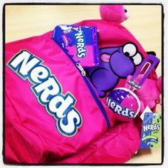 nerds to go Sister Carrie, Egg Muffin Cups, Nerds Candy, Penny Candy, Nerd Herd, Snack Recipes, Snacks, Willy Wonka, Food Gifts