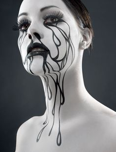 bodypainting halloween blanc noir - Halloween Make-up - Maquillage Black And White Makeup, Black White Halloween, Special Effects Makeup, Special Makeup, Fantasy Makeup, Gothic Makeup, Creative Makeup, Creative Art, Costume Makeup