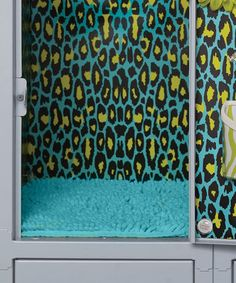 How cool is this!!! Deck out your locker. This makes me wish I had a middle schooler!!! LockerLookz | Daily deals for moms, babies and kids