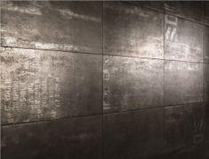 Find out all of the information about the NEMO TILE product: indoor tile / floor / porcelain stoneware / matte OXY. Porcelain Ceramics, Porcelain Tile, Ceramic Floor Tiles, Tile Floor, Industrial Tile, Desert Homes, Metallic Paint, Light Beige, Textures Patterns