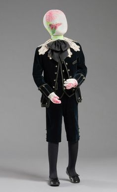 1890 Boy's Suit: Jacket, Waistcoat, and Short Trousers. Little Lord Fauntleroy Suit.