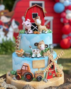 """Ana Brum Biscuit Designer on Instagram: """"Esse bolo foi o xodó da semana ❤ Em breve posto um vídeo com todos os detalhes fofos! Ele foi fazer parte de uma festa linda da querida…"""""""