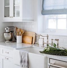 Carrara, Subway Tile and farmhouse sink. This combo never fails in a kitchen…