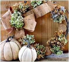 Stunning but Easy DIY Fall Decorations: Hydrangea and Cork Wreath. Perfect way to greet Thanksgiving guests or treat the hostess. #thanksgiving