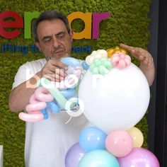 Balloon Arch Diy, Balloon Crafts, Balloon Garland, Party Unicorn, Unicorn Themed Birthday, Balloon Decorations Party, Diy Wedding Decorations, Wedding Favors, 1st Birthday Girl Decorations