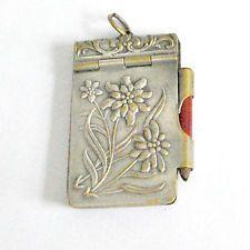 Carnet de bal ancien _ Décor Edelweiss porte-bonheur, crayon + carnet d'origine