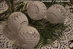 decoupage i inne dziwadła ...: Bombki szydełkowe ze schematami cz.2 Christmas Balls, Christmas Ornaments, Decoupage, Knit Crochet, Decorative Plates, Crochet Patterns, Knitting, Holiday Decor, Anul Nou